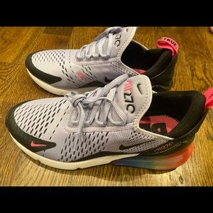 NWOT Nike Air Force 270